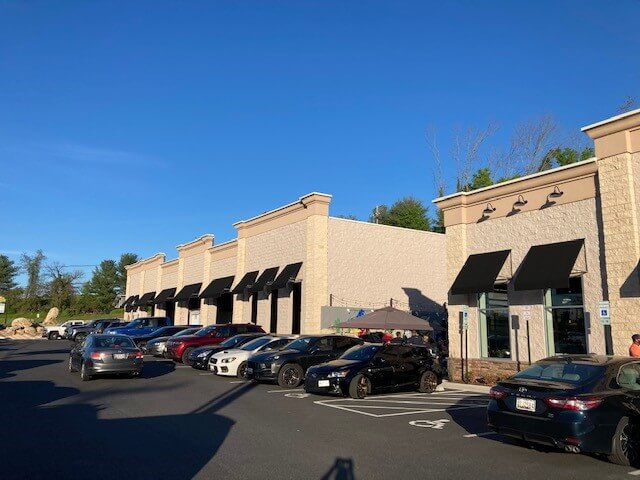 Bell Gate Shopping Center Exterior