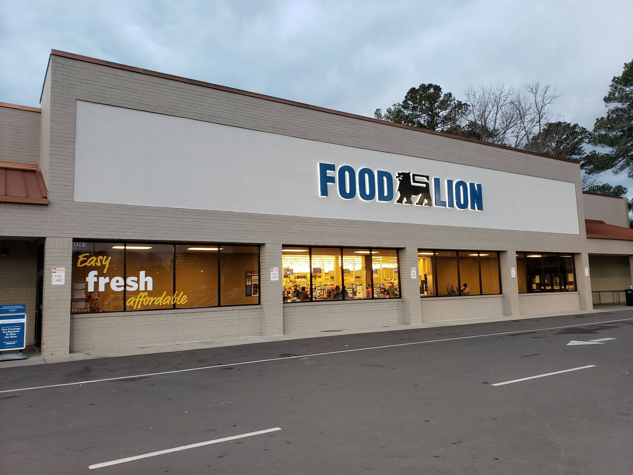 Henderson Pointe Food Lion 1
