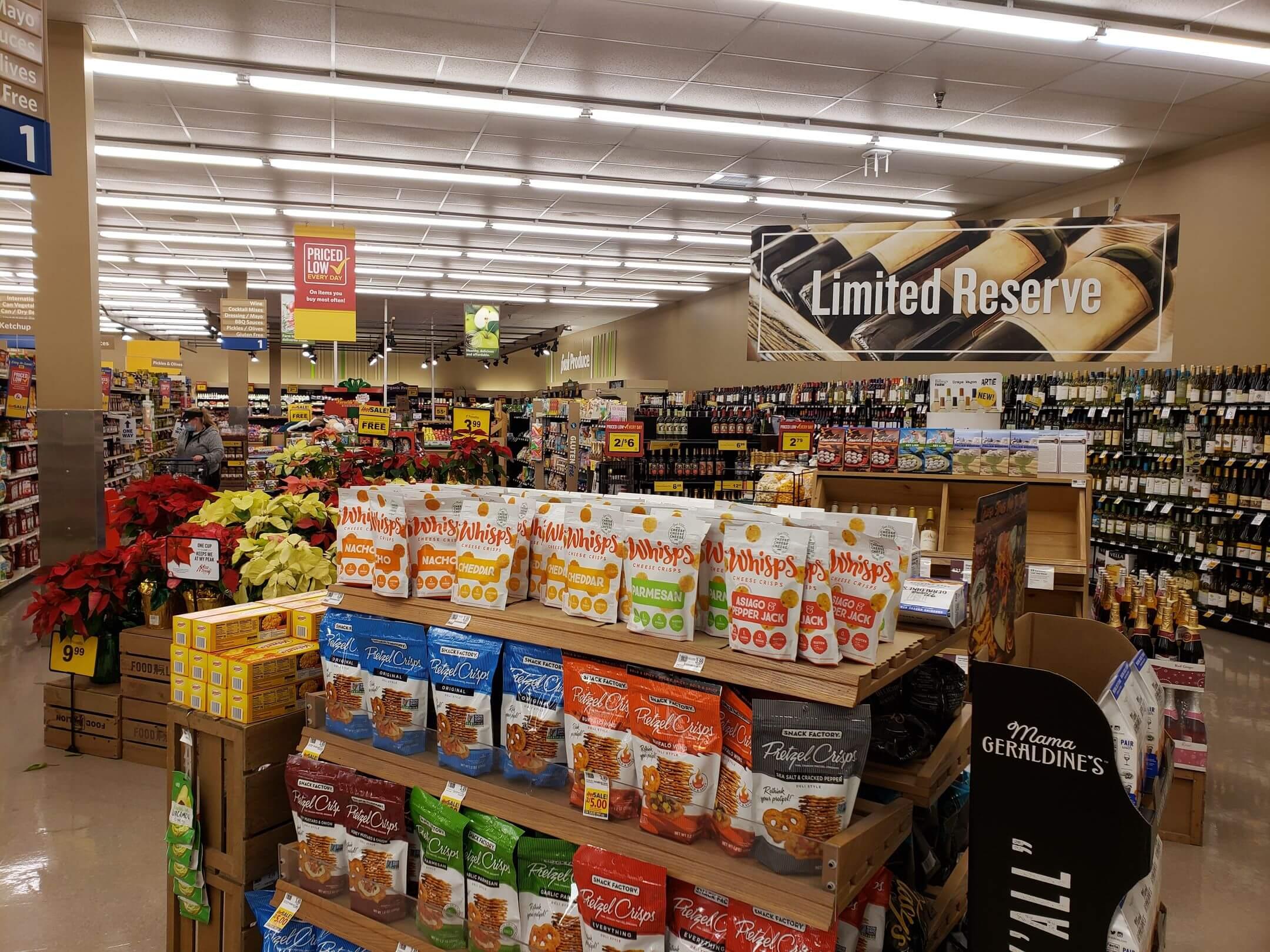 Henderson Pointe Food Lion Interior 2